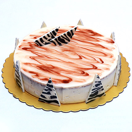 Tempting Victoria Cake: Cake Delivery in Bahrain