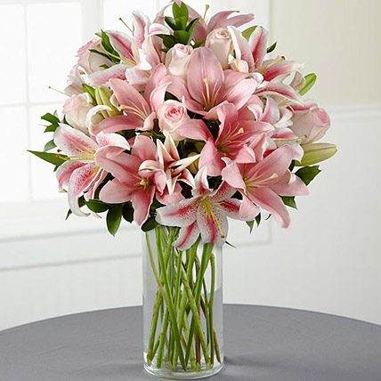 Oriental Lilies And Roses: Gift Delivery Bahrain