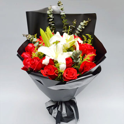 Red Rose and Lily Love: Flower Delivery China