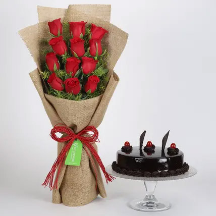 12 Layered Red Roses Bouquet and Truffle Cake: Cake Delivery to India