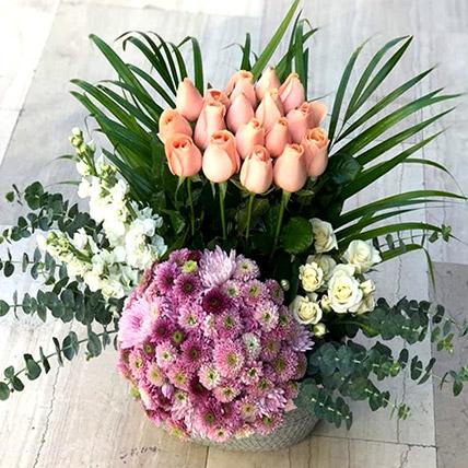 Delightful Mixed Flowers: Send Flowers to Jordan