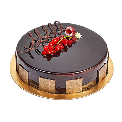 500gm Eggless Chocolate Truffle Cake: Gifts Delivery in Ajman