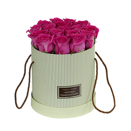 Adorable Pink Roses Box: Gifts For Doctor's Day