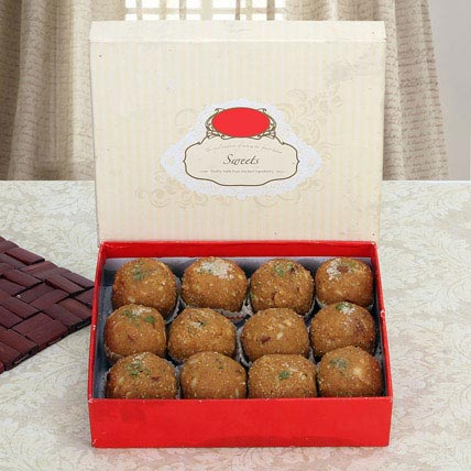 Box of Dry Fruit Besan Laddoo: Gifts For Holi