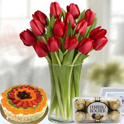 Enjoyable Delight: Fathers Day Flowers & Cakes