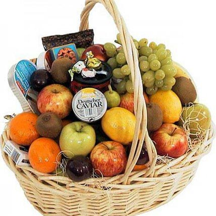 Full of Fruits: Anniversary Gift Hampers