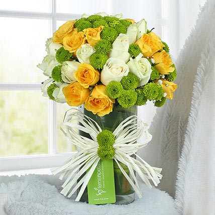 Happy Flower Arrangement: Easter Flower Arrangements