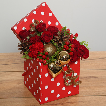Red Roses Arrangement In Red Dotted Box: Christmas Flowers to Ras Al Khaimah