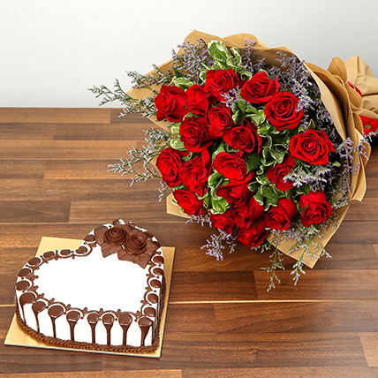 Rose Bouquet and Chocolate Cake Combo: Valentines Day Cakes