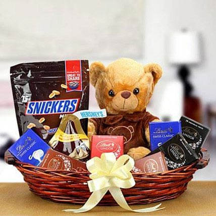 The Love Token: Birthday Gift Hampers