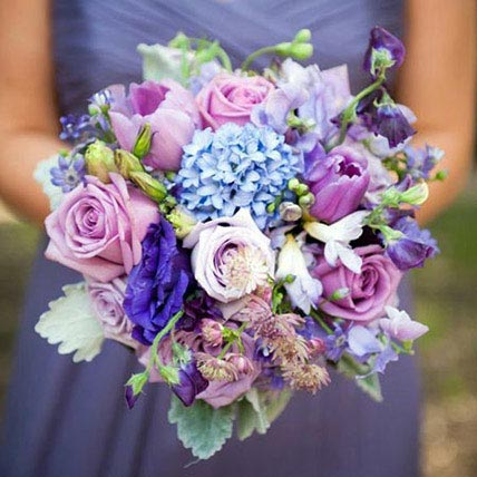 Bridal Bouquet Charisma: Flowers for Bride