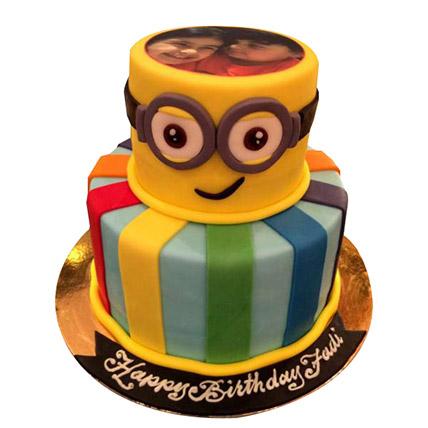 Bob the Minion Cake: Minion Birthday Cakes
