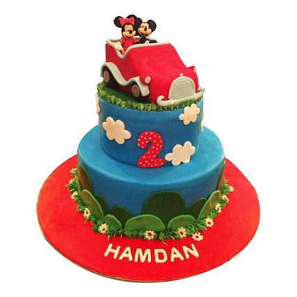 Minnie N Mickey in a car Cake: Car Cakes
