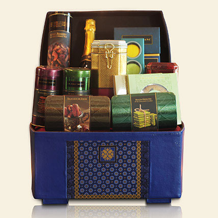 Celebrate Hamper: Premium Gifts
