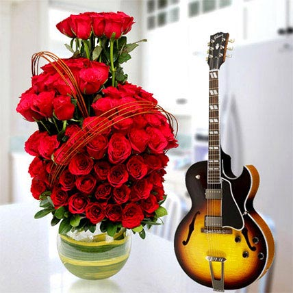 Spice up the Romance: Valentines Day Flowers & Guitarist