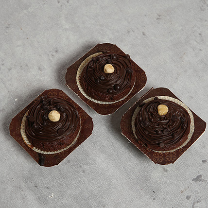 3 Assorted Cupcakes: