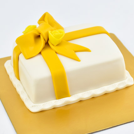 Designer Gift Wrapped Mono Cake: Romantic Gifts