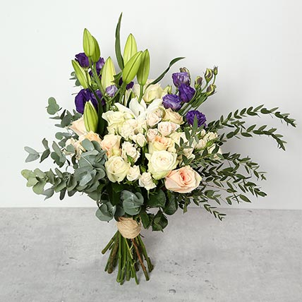 Roses and Lillies Bouquet: Graduation Gift Ideas