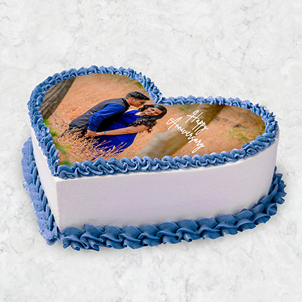 Heart Shaped Photo Cake 10 Pax: Custom Cakes