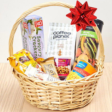 Coffee and Snacks Basket: Gift Hampers