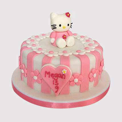 Hello Kitty Fondant Cake: