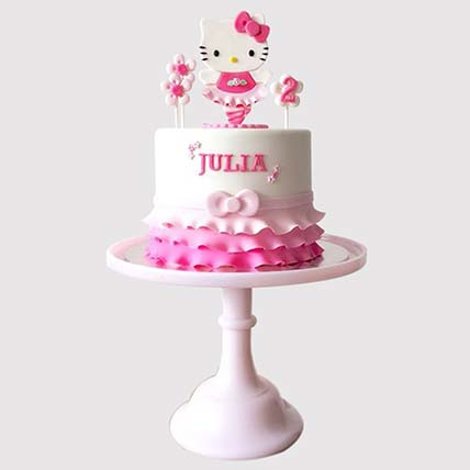 Hello Kitty Themed Cake: Hello Kitty Cake