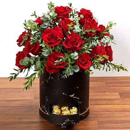 30 Roses Box Arrangement: Flower in a Box