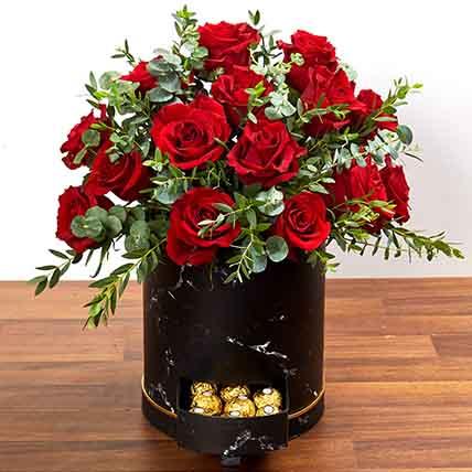 30 Roses Box Arrangement: Chocolates in Abu Dhabi