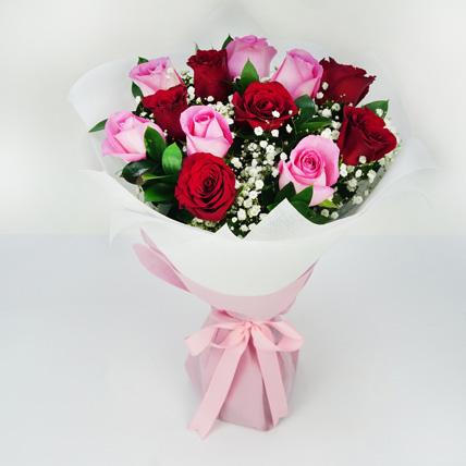 Pink and Red Roses Grand Bouquet: Rose Day Gifts
