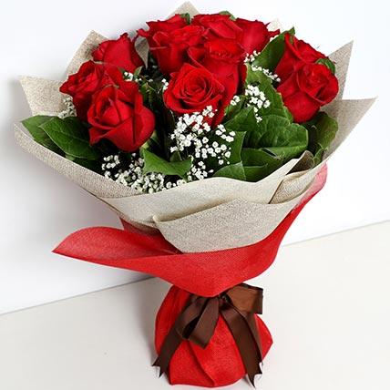 Bunch Of Ravishing Roses: Flowers Delivery Ras Al Khaimah