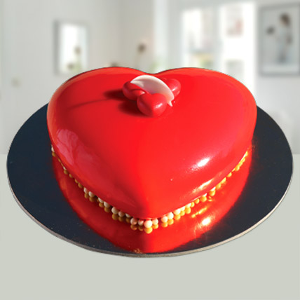 Valentines Red Heart Cake: Valentine Gifts for Wife