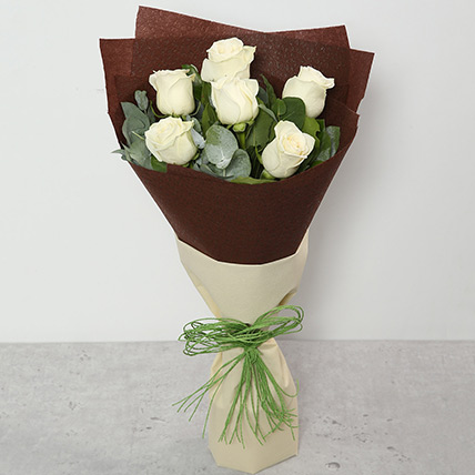 White Roses Bouquet: Flower Wreath