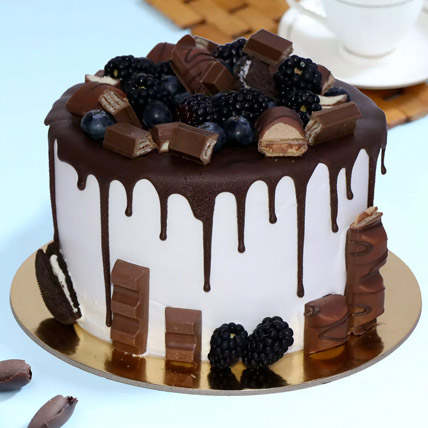 Delicious Choco Vanilla Cake: Happy Fathers Day Cakes