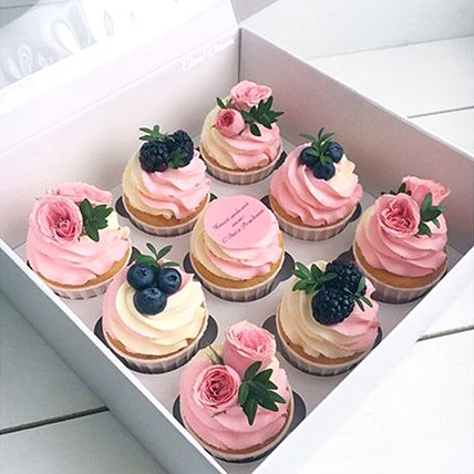 Flowers in Pink Cupcakes: Cupcake Delivery Dubai