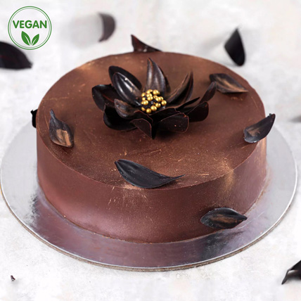 Classic Chocolate Vegan Cake:
