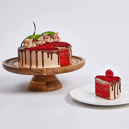 Chocolaty Red Velvet Cake: Cake Delivery in Ajman
