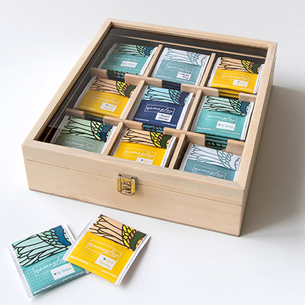 Natural Assorted Tea Wooden Box: Gift Hampers