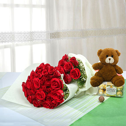 Passionate Gift Of Love: Teddy Day Flowers