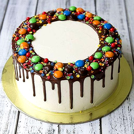 Delicious M&M Cake: Cake Delivery in Ajman