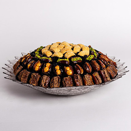 Stuffed Dates and Maamoul Tray: Arabic Desserts
