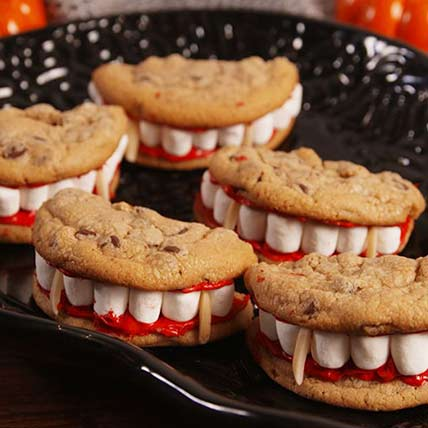 Dracula Mouth Cookies: