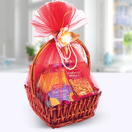 BasketFul of Wishes: Diwali Hampers