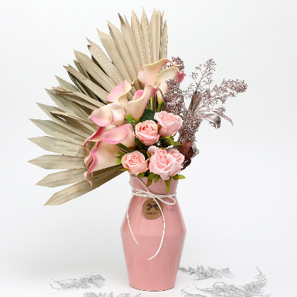 Its Love Actually: Dried Flowers
