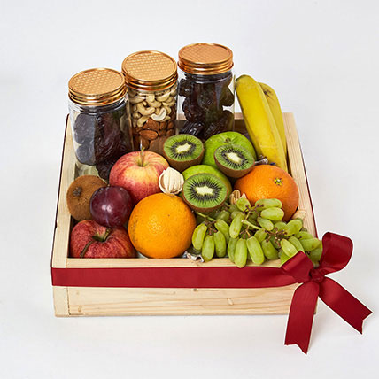 Nuts and Fruits Hamper: Fruit Baskets