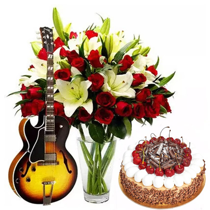 Charm Your Lady Love: Flowers and Guitarist Service