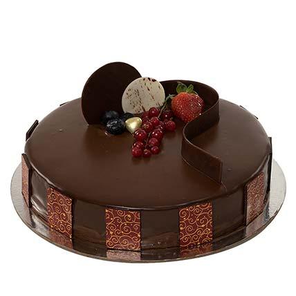 1kg Chocolate Truffle Cake QT: Send Gifts to Qatar