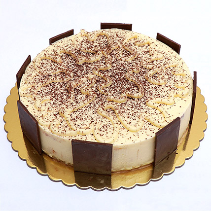 Delectable Super Tiramisu Cake: Send Gifts to Qatar