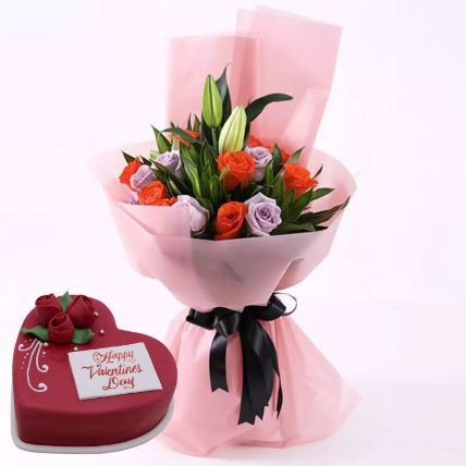 Beautiful Roses Bouquet With Heart Shape Cake: