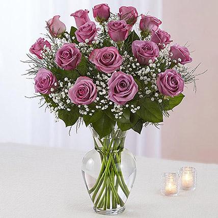 20 Light Purple Roses In A Vase: Flower Shop in Jeddah