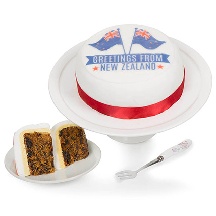 Greetings From New Zealand Fruit Cake: Cake Delivery in UK